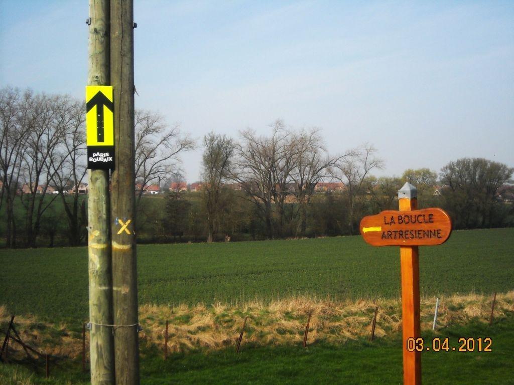 Famars-Boucle-Artrésienne-et-passage-Paris-Roubaix-61 Artres dans Promenades