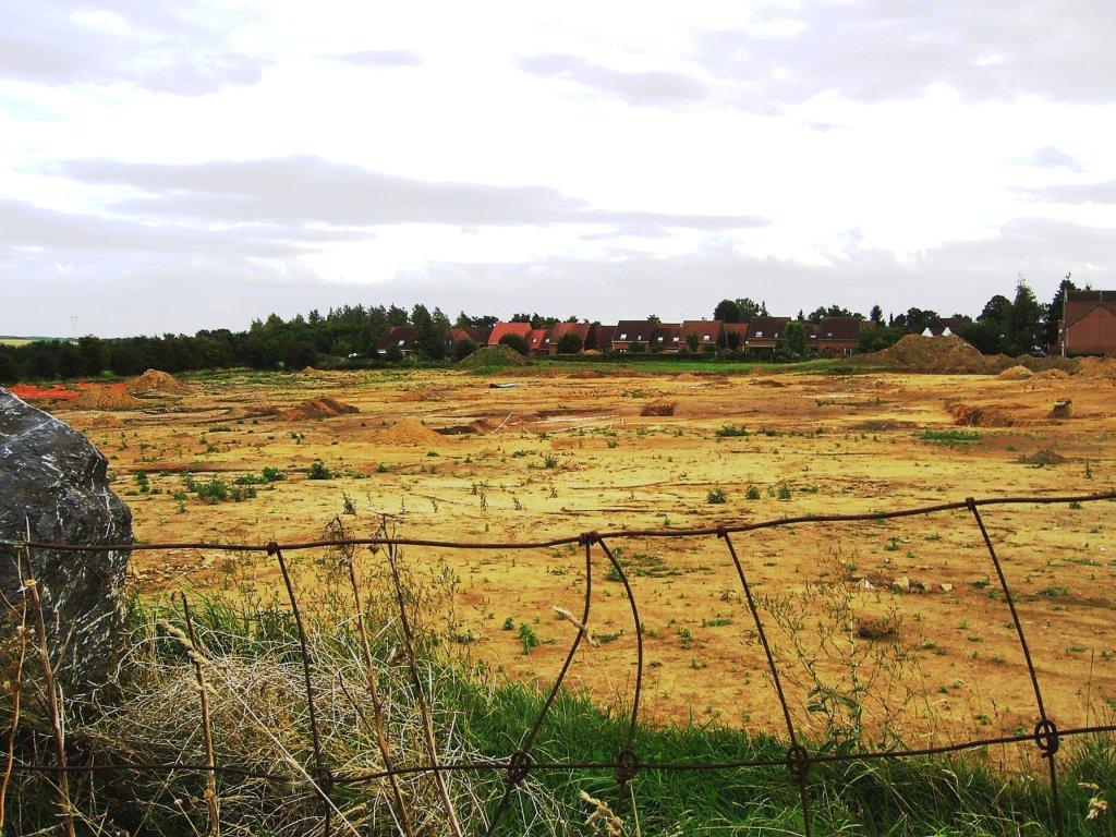 Famars-Zone-de-fouilles-vue-de-la-rue-Ed-Guillaume