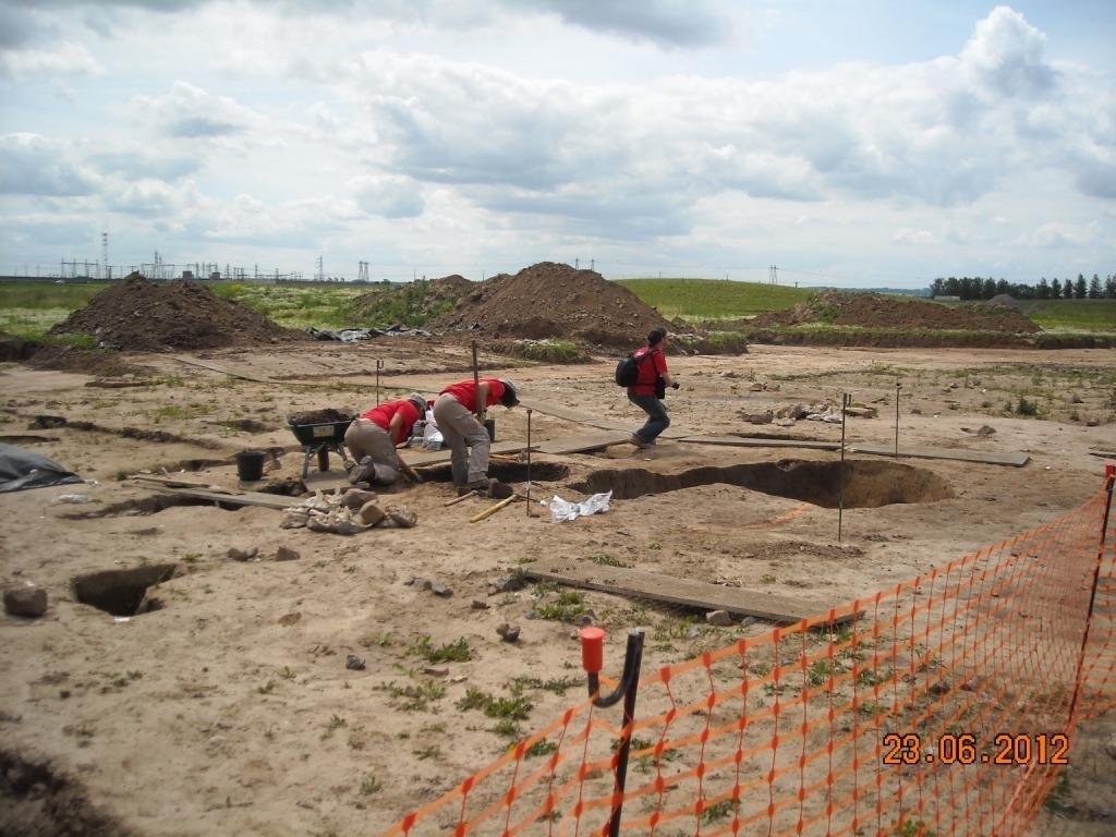 Portes-ouvertes-fouilles-technopole-23-juin-2012-014
